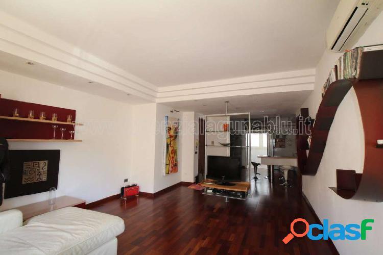 Appartamento arredato con 3 camere e doppi servizi