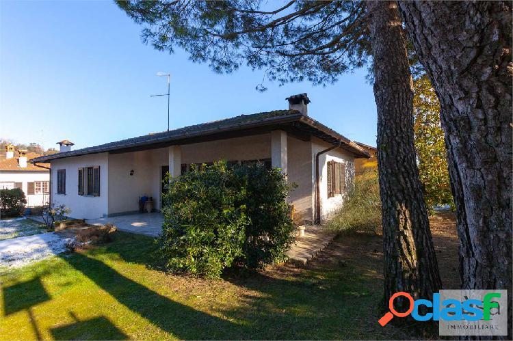 Villa singola in vendita a Casciago