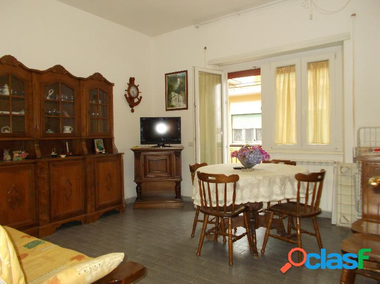 ZONA DOMITILLA - Appartamento 2 locali € 109.000 T201
