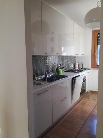 Cucina laccata lucida | Posot Class