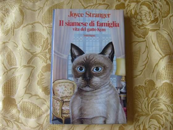 Il siamese di famiglia vita del gatto Kim - Sonzogno -