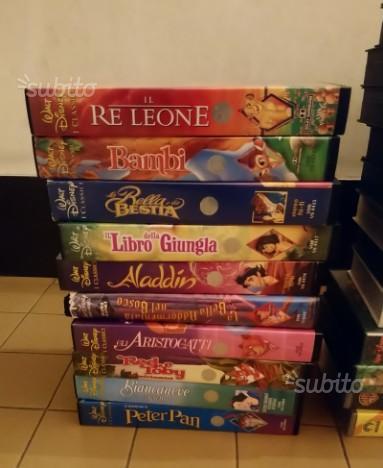 Lotto 37 videocassette vhs con 10 classici Disney