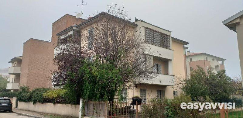 Appartamento 5 vani 140 mq, provincia di perugia