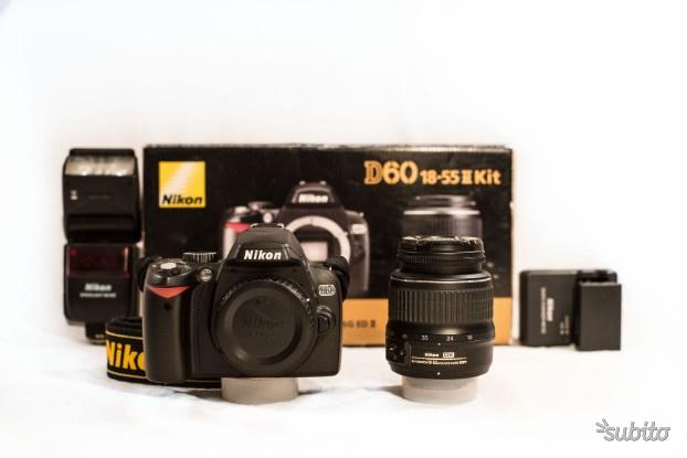 Reflex Nikon d60 DX + Obiettivo mm+FlashSB600