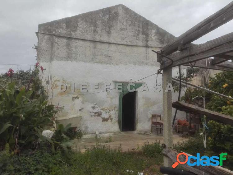 In vendita casa rurale in periferia