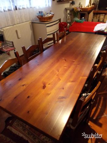 Tavolo legno da taverna o cucina