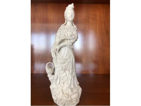 Antichità scultura cinese in porcellana bianca Blanc de