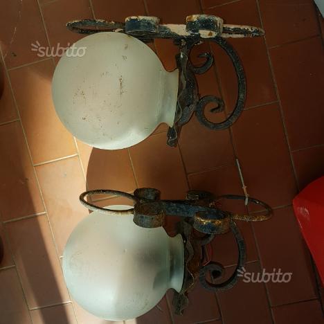 Lampioncini in ferro battuto e vetro opaline antic