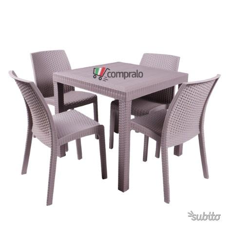 Tavolo quadrato con 4 sedie senza bracciolo