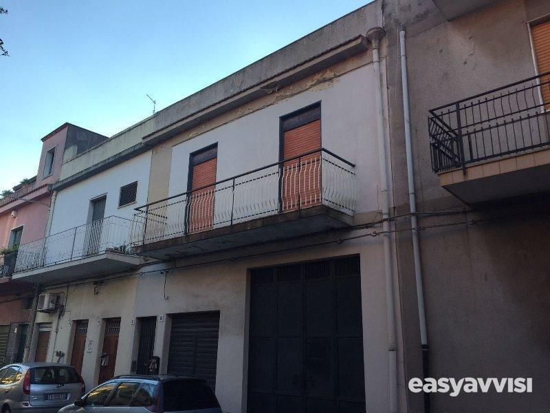Casa indipendente 253 mq arredato, provincia di catania