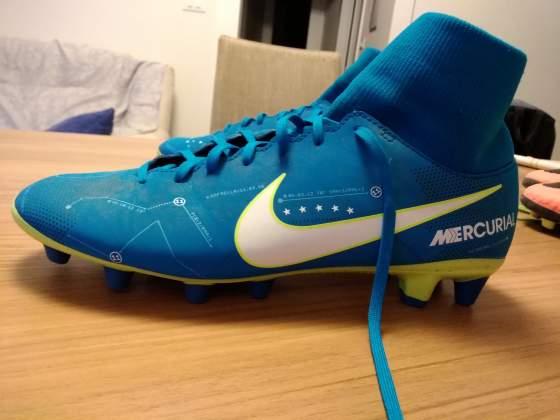 Scarpe da calcio Nike n.40, praticamente nuove