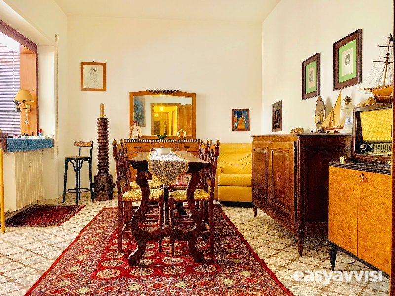 Appartamento trilocale 97 mq, citta metropolitana di roma