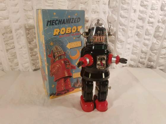 Tin toy classic, ROBOT ROBBIE THE ROBOT, MGM pictures from