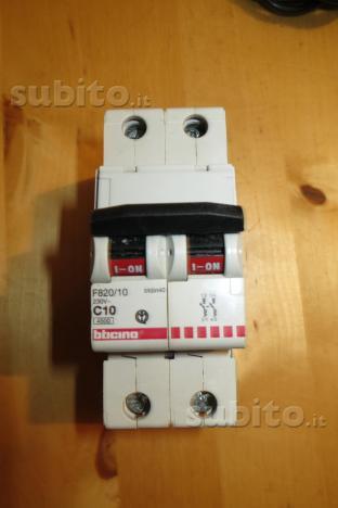 Magnetotermico Bticino 10A e Siemens G16A