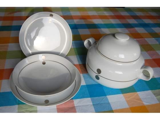 Set di piatti e Zuppiera Hutschenreuther in porcellana