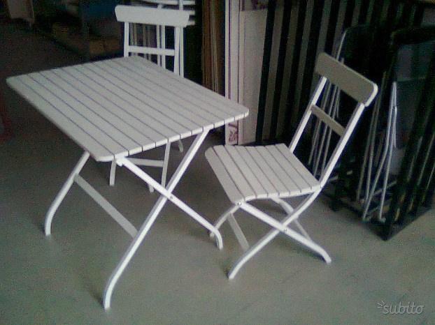 Tavolo da esterno con 2 sedie