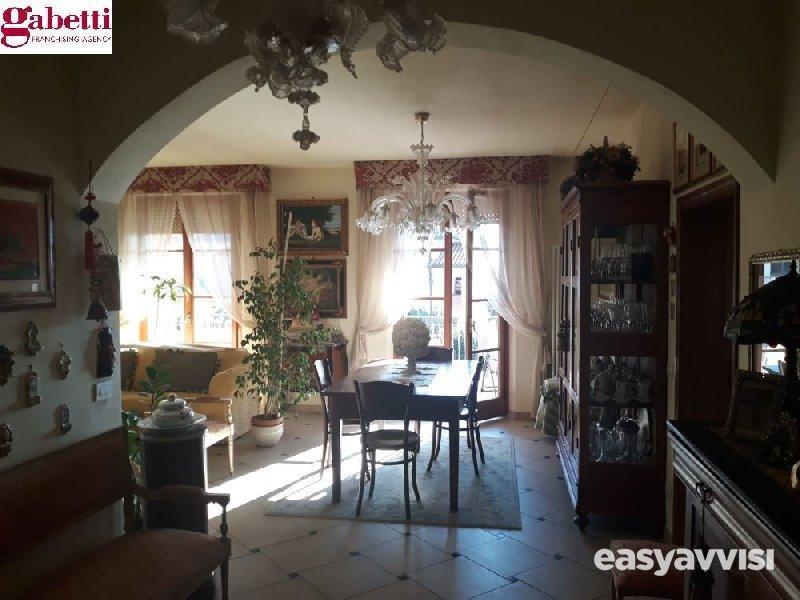 Appartamento 7 vani 146 mq, provincia di siena