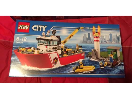 Lego  nuovo. Motonave dei pompieri