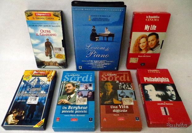 Lotto 7 VHS Film A.Sordi e altri