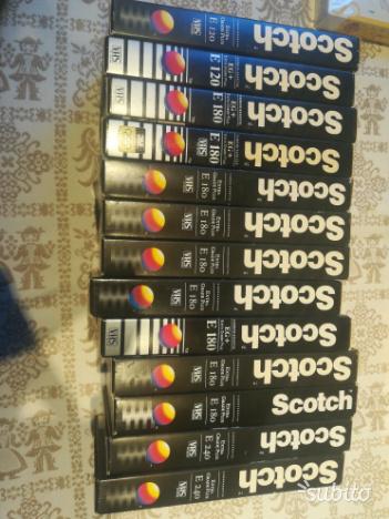 Lotto di 13 videocassette Scotch VHS