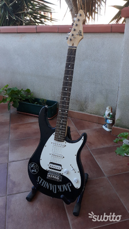 Chitarra elettrica stratocaster