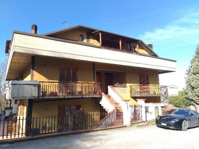 Appartamento trilocale 103 mq, provincia di perugia