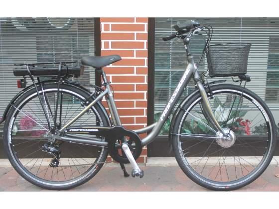 Bicicletta elettrica a pedalata assistita,motore made in