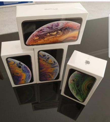 Apple iPhone XS Max iPhone XS WhatsApp + Samsung