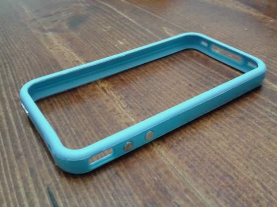 Bumper Iphone 4S + pellicola protettiva