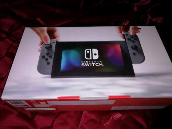 Nintendo switch nuova con 12 giochi e Altro!