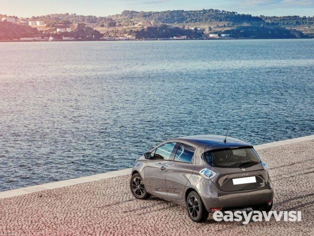 Renault zoe intens r110 flex elettrica, citta metropolitana