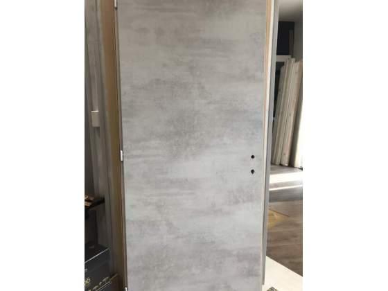 Porte Interne colore cemento