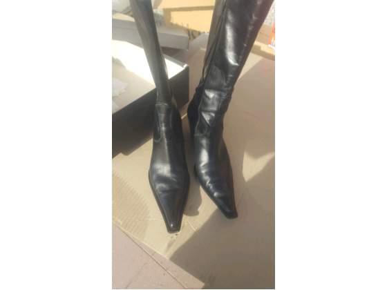 Stivali vitello neri numero 39 made in italy come nuovi