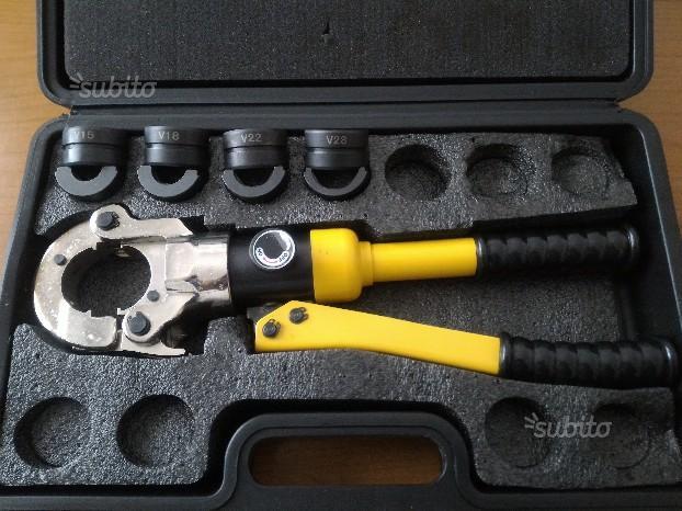 Pressatrice idraulica per Multistrato TH e Rame V