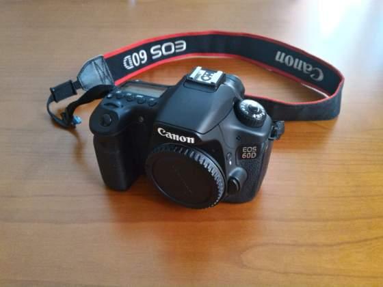 Reflex canon eos 60D