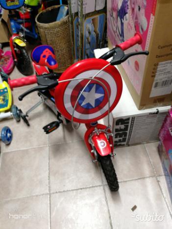 Bicicletta Capitan America per Bambini con Rotelle