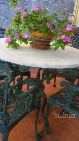 Tavolo antico in ghisa massiccia