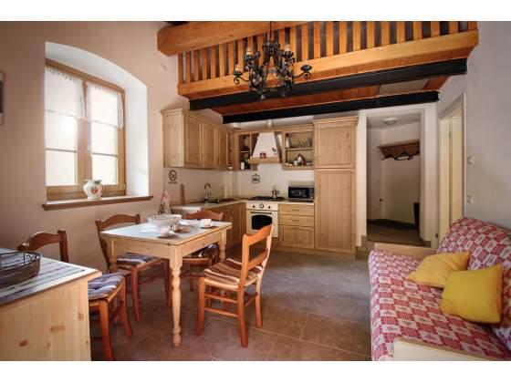 Cucine Rustiche in Legno: Cucina Nuova cod 020 AFFARE