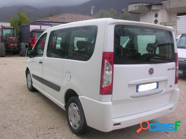 FIAT Fiat scudo 9 posti del 2014 diesel in vendita a Forchia