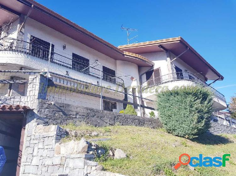 Villa indipendente con giardino Casale Litta