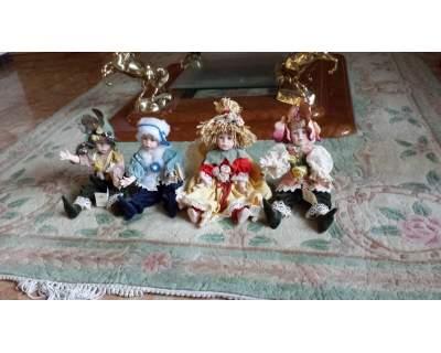 Le quattro stagioni. bambole da collezione