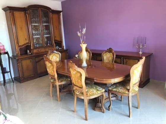 Sala da pranzo in legno massello