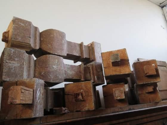 Colonnina balaustra pilastro in legno