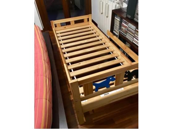 Coppia di letti KRITTER IKEA per bambini con materassi