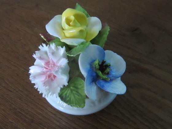 Soprammobile fiori in vaso in ceramica Coalport