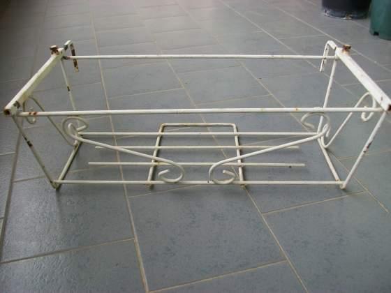 Fioriere portavasi vasi cassette posot class for Portavasi da balcone regolabili