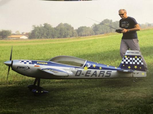 MAXI EXTRA 300 super acrobatico 3mt.