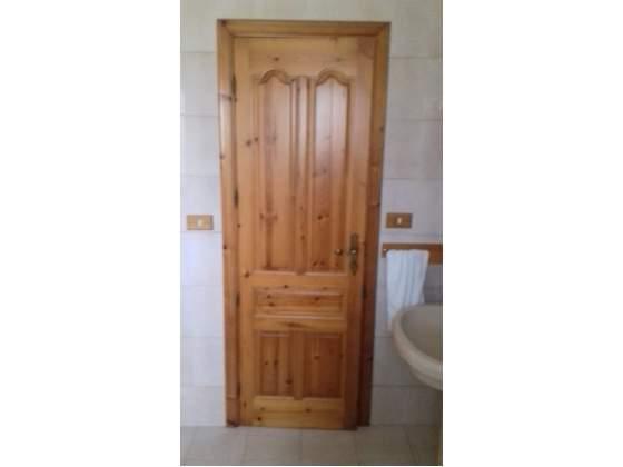 7 porte interno in legno massello Pino di Svezia.