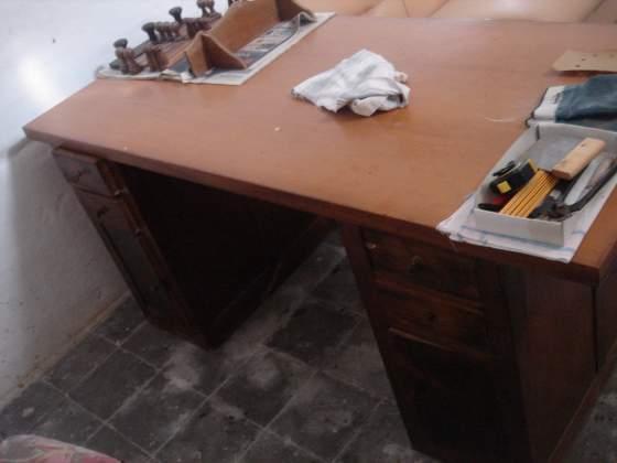 Scrivania antica grande in legno massello cm 180x80