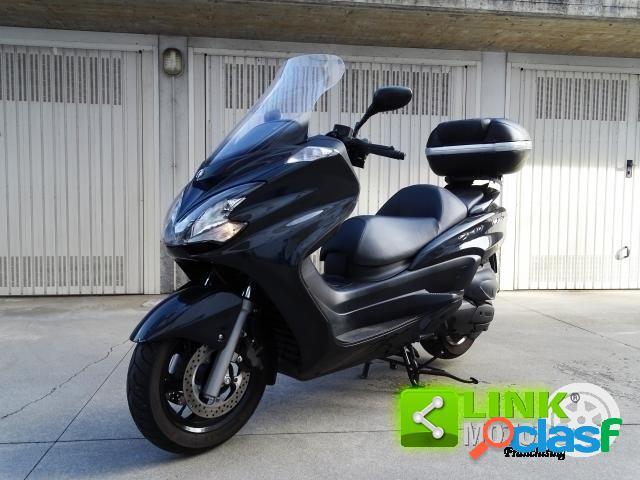 Yamaha Majesty 400 benzina in vendita a Novara (Novara)